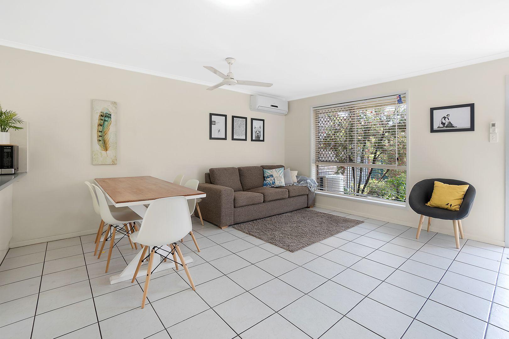 2/49 Colac Street, Kedron QLD 4031, Image 2