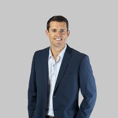 Adam Simmonds, Sales representative