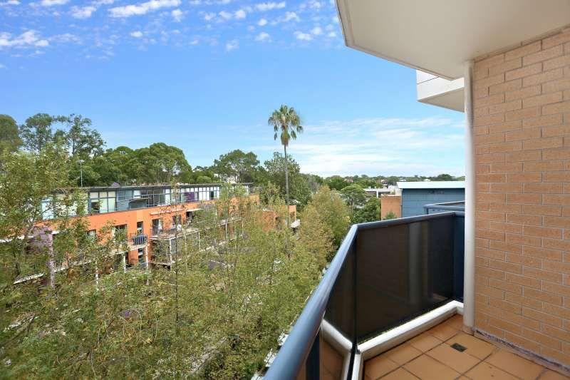E402/140 Carillon Avenue, Newtown NSW 2042, Image 6