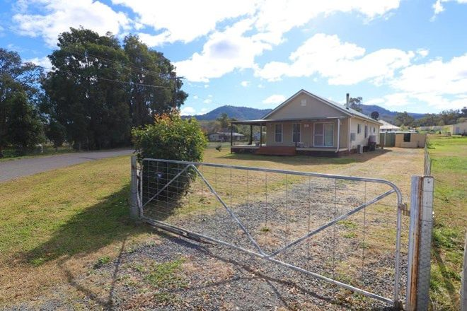 Picture of 22 Sempill Street, MOONAN FLAT NSW 2337