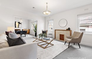 Picture of 2/4 Garden Court, Elwood VIC 3184
