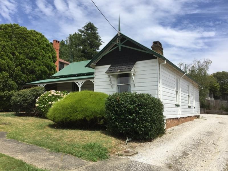 3 Valetta Street, Moss Vale NSW 2577, Image 0