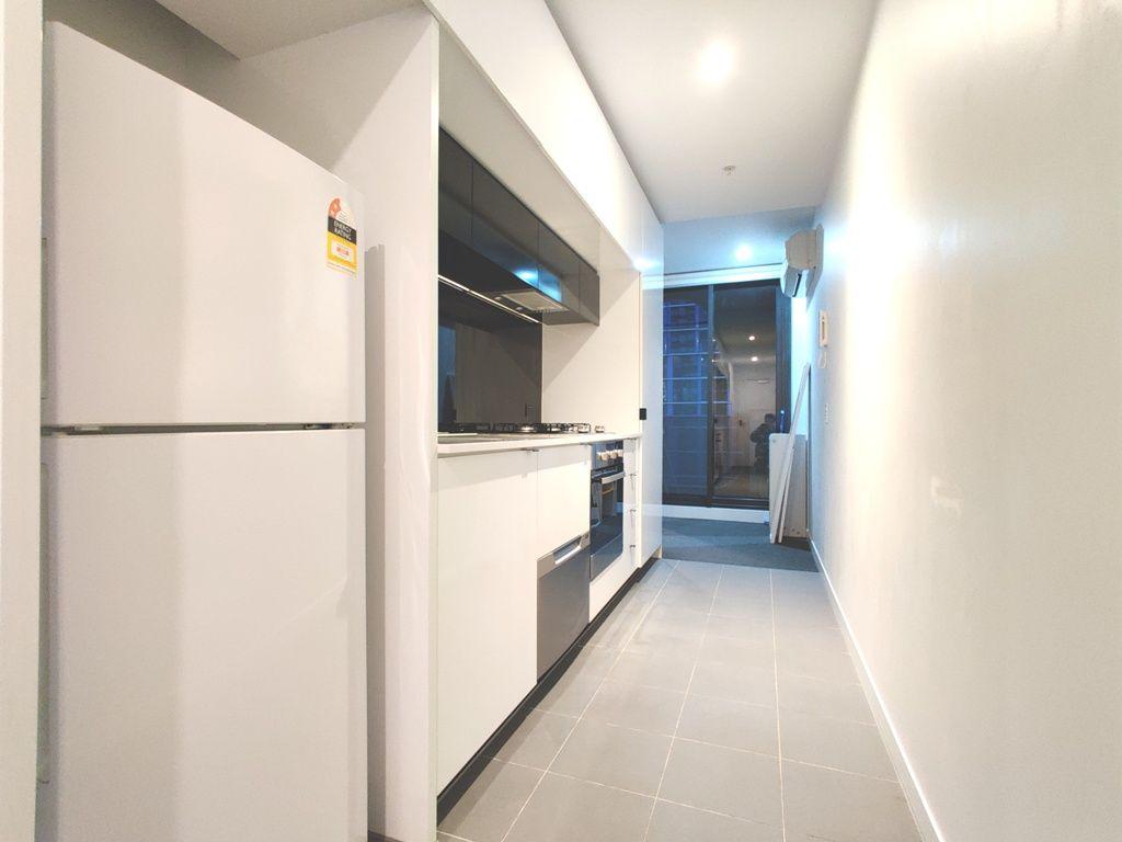 4613/80 Abeckett Street, Melbourne VIC 3000, Image 2