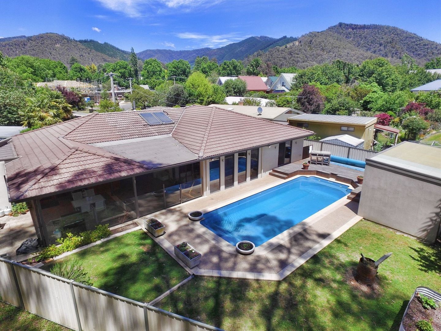 7 Butler Court, Bright VIC 3741, Image 0