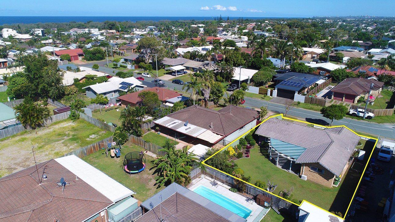 11 Ilaroo Crescent, Warana QLD 4575, Image 1
