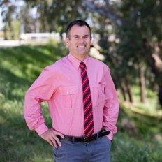 Angus Macleod, Sales representative