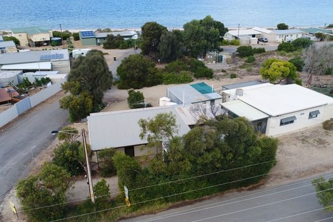 Picture of 2 Chapman Road, ROGUES POINT SA 5571