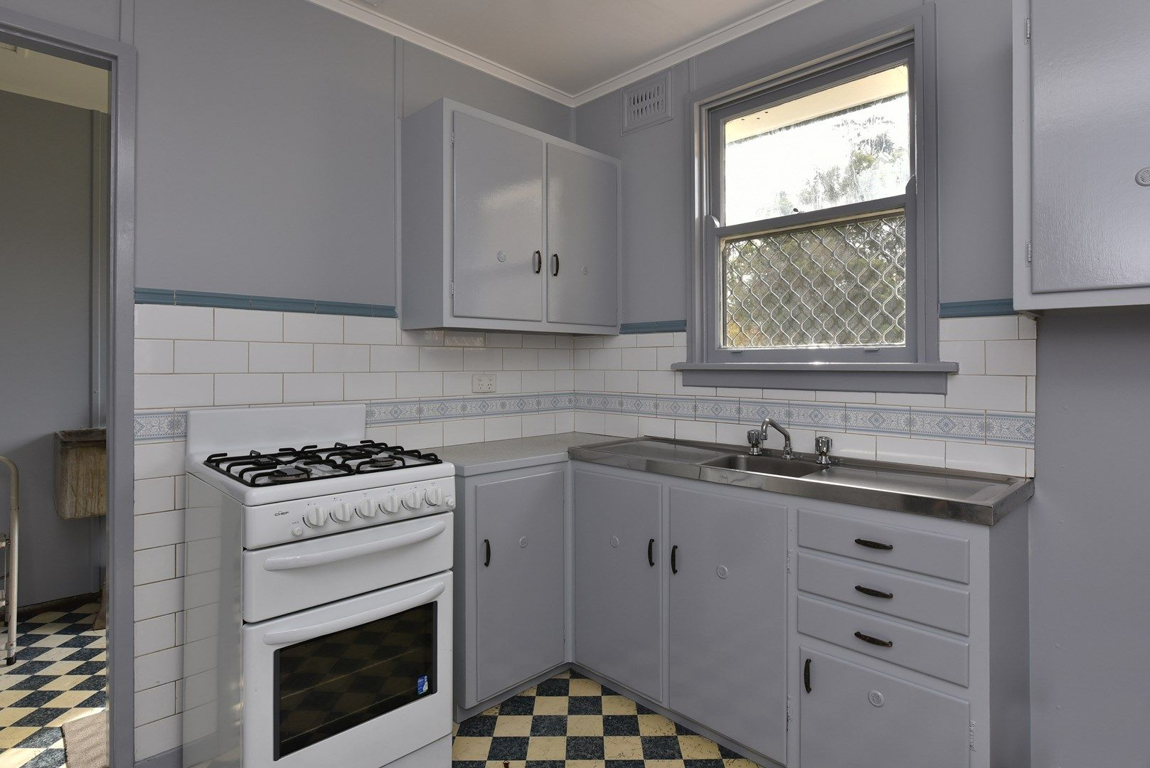 10 Barton Street, East Maitland NSW 2323, Image 1