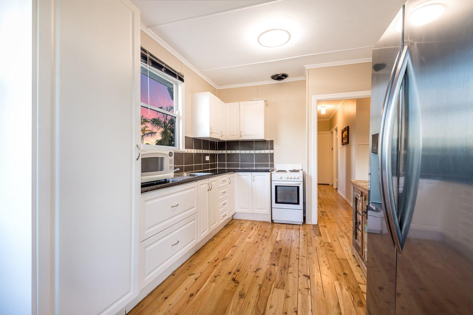 12 Merritt Street, Harristown QLD 4350, Image 1