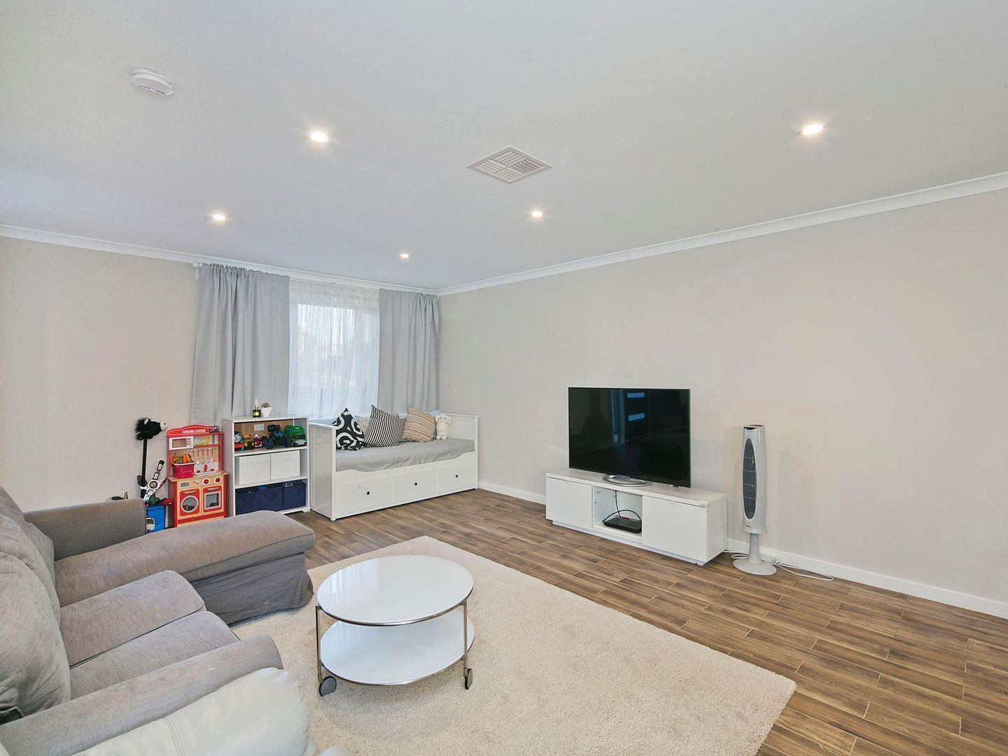38/1 Gifford Street, Coombs ACT 2611, Image 1
