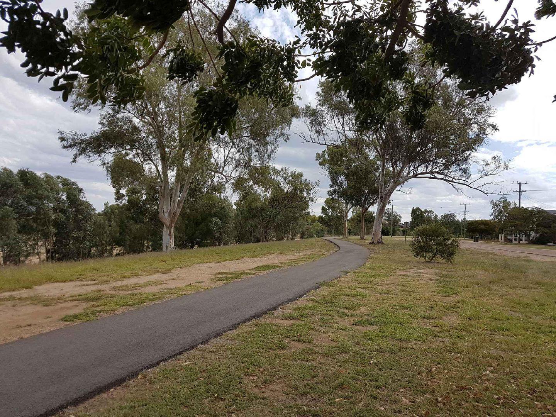 37 Little Ave, Hughenden QLD 4821, Image 2