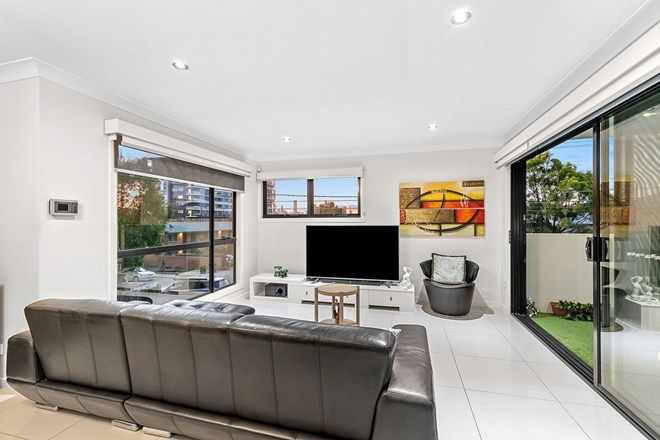 Picture of 1/9 Haig Street, COORPAROO QLD 4151