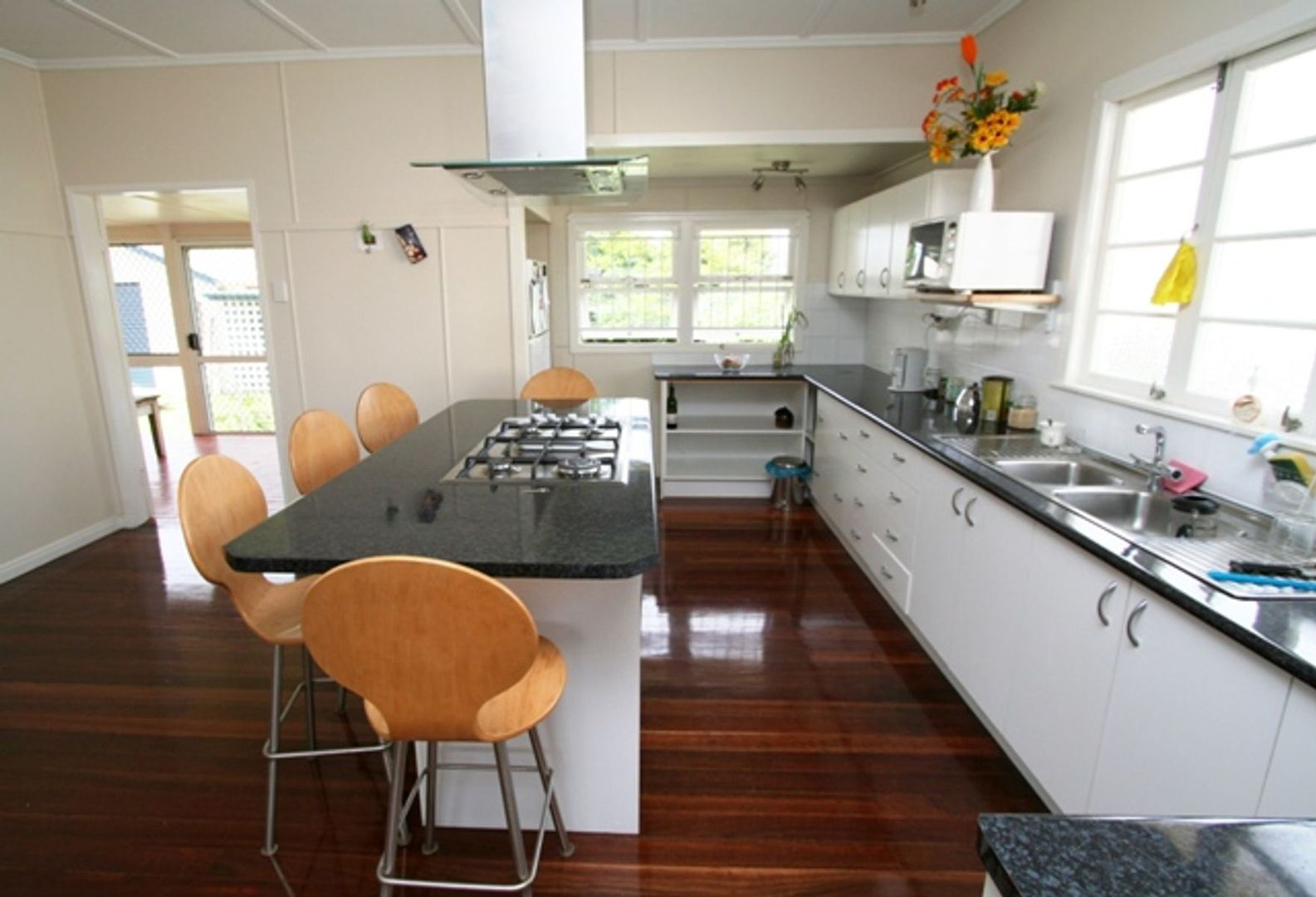11 Charles Street, Beenleigh QLD 4207, Image 2