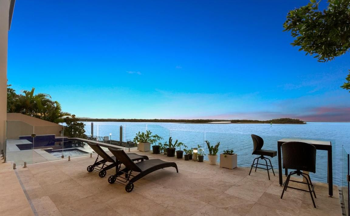 8 KNIGHTSBRIDGE PARADE EAST, Sovereign Islands QLD 4216, Image 1