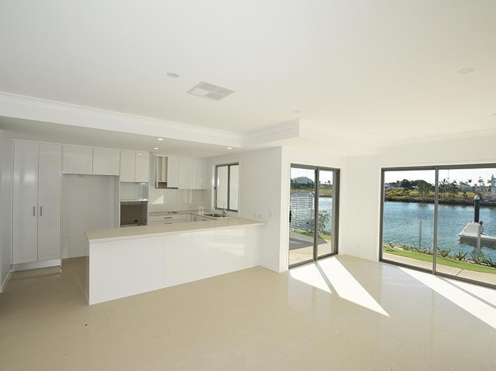 16/156 Marina Quays Boulevard, Hope Island QLD 4212, Image 1