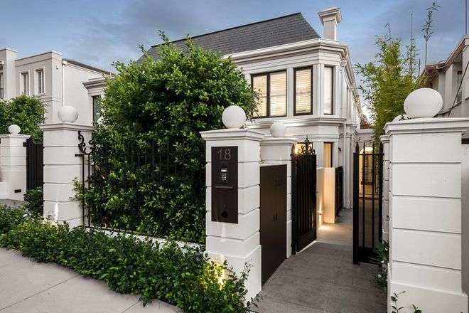 Picture of 18 Dunraven Avenue, TOORAK VIC 3142