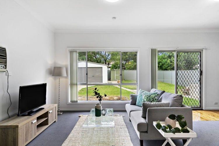 38 Scott Street, Toongabbie NSW 2146, Image 2