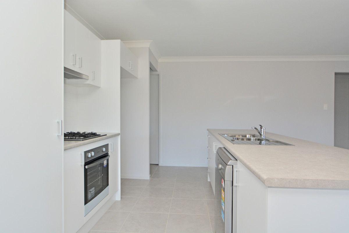8 Honeymyrtle Street, Thornton NSW 2322, Image 2