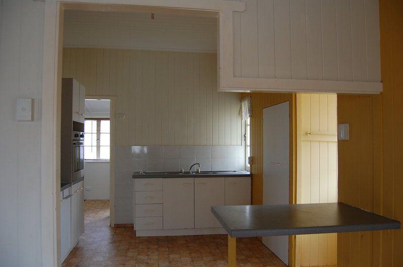 85 Lanham Avenue, Grange QLD 4051, Image 2