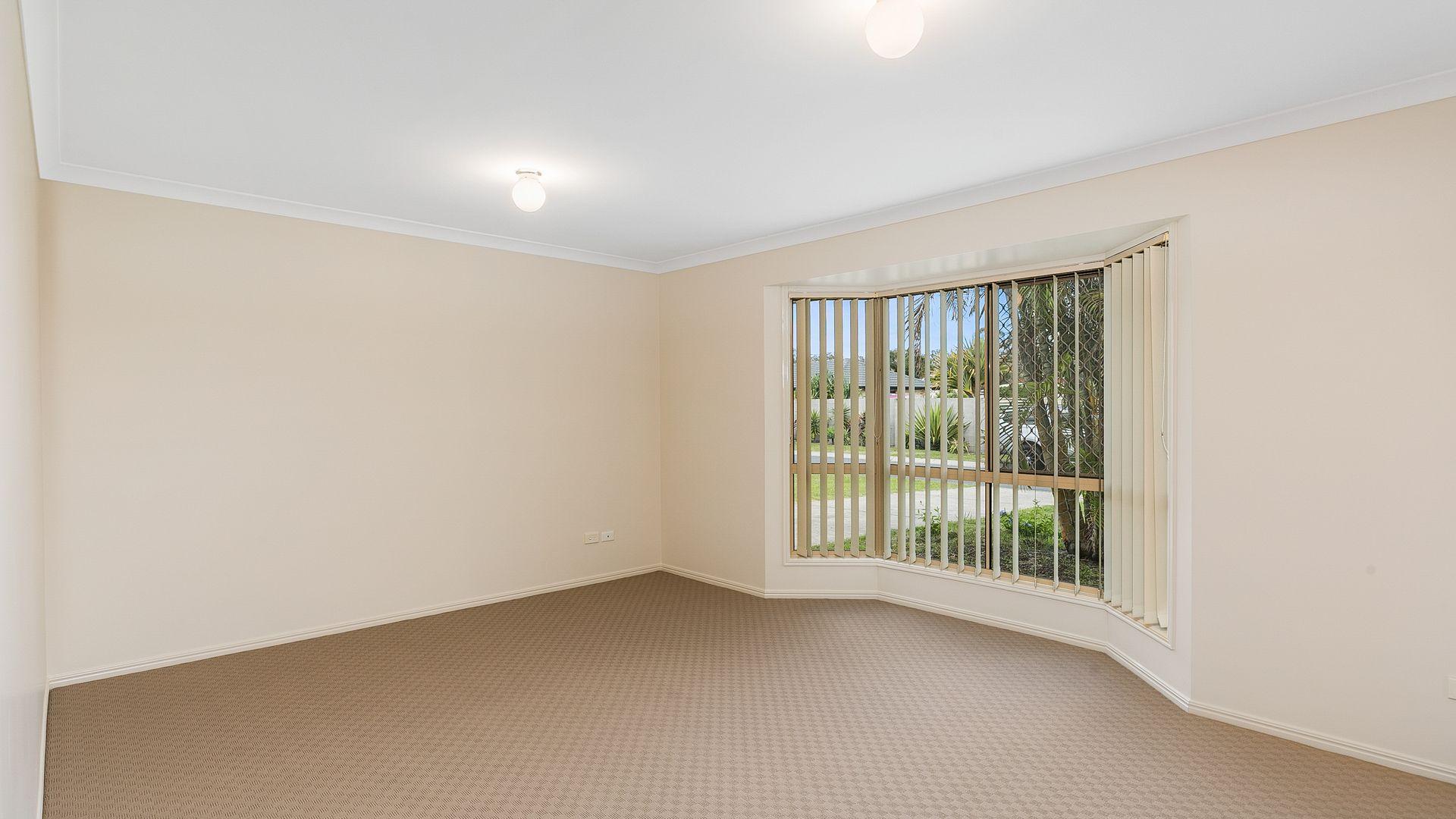 21 Brooke Street, Crestmead QLD 4132, Image 2