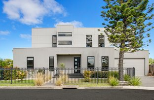 Picture of 1/121 Rymer Avenue, Safety Beach VIC 3936