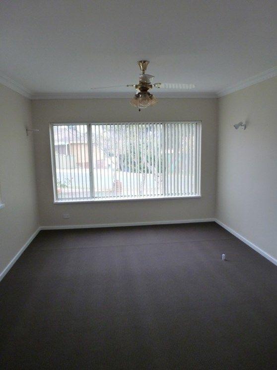 58 Elizabeth Crescent, Queanbeyan NSW 2620, Image 1