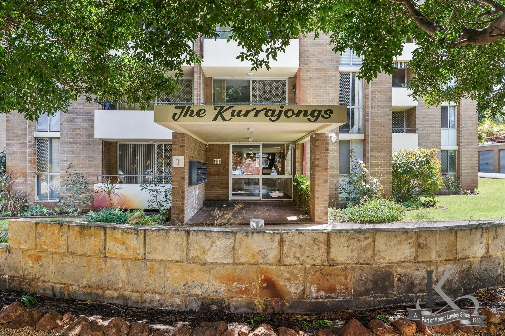 2 bedrooms Apartment / Unit / Flat in 15/7 Clifton Crescent MOUNT LAWLEY WA, 6050