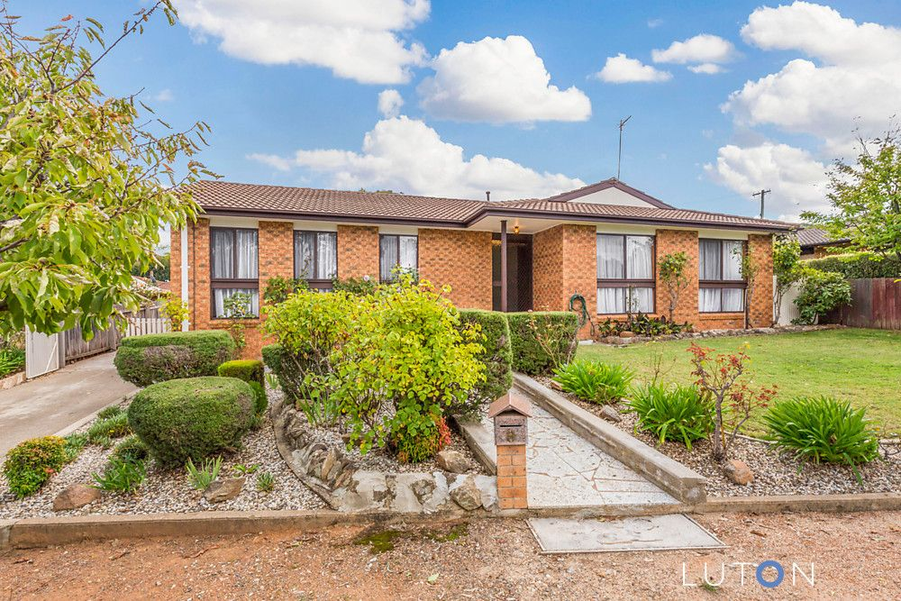 9 Maconochie Crescent, Oxley ACT 2903, Image 0