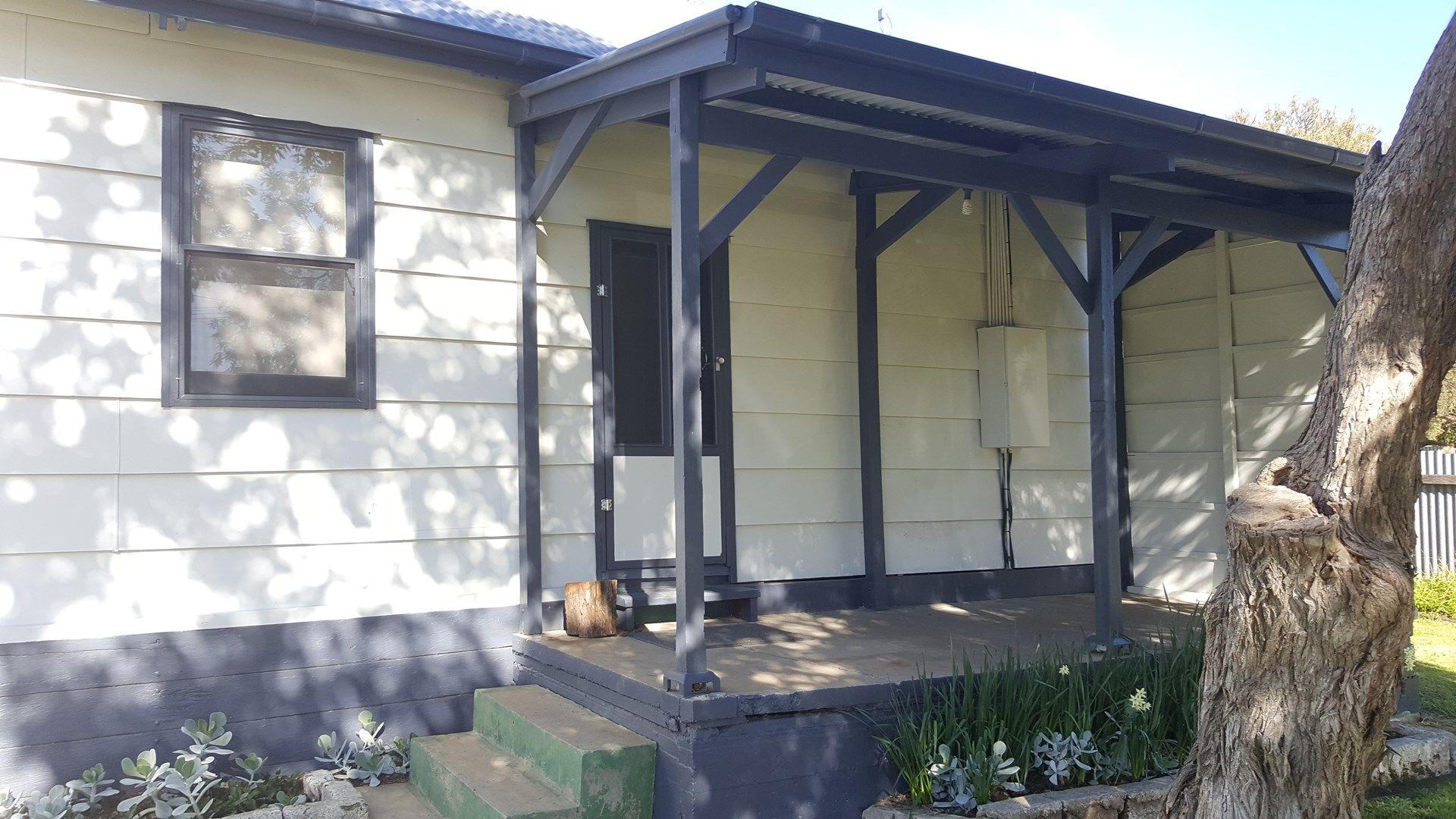 4 Robertson Street, Naracoorte SA 5271, Image 0