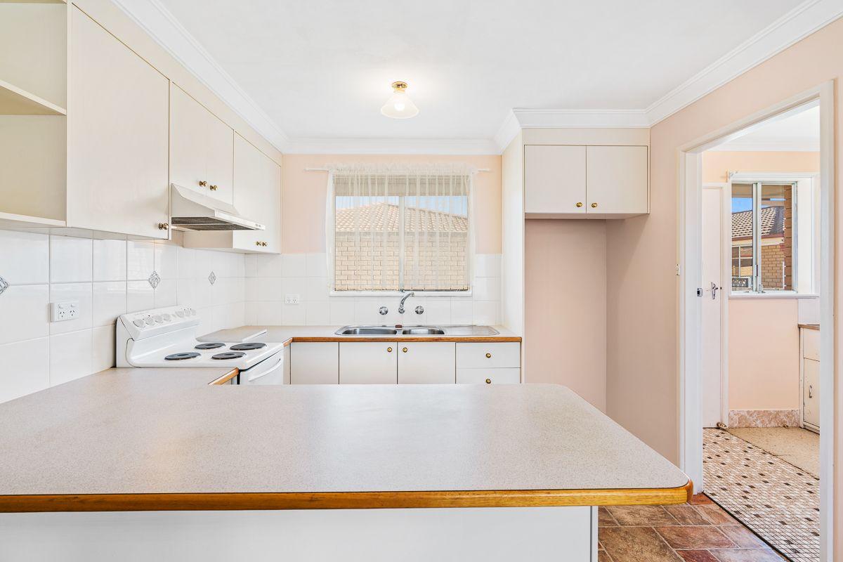 12/98 Kenna Street, Orange NSW 2800, Image 1