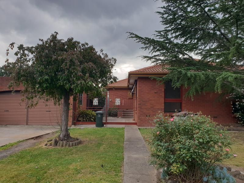 24 Madigan Crescent, Mill Park VIC 3082, Image 0