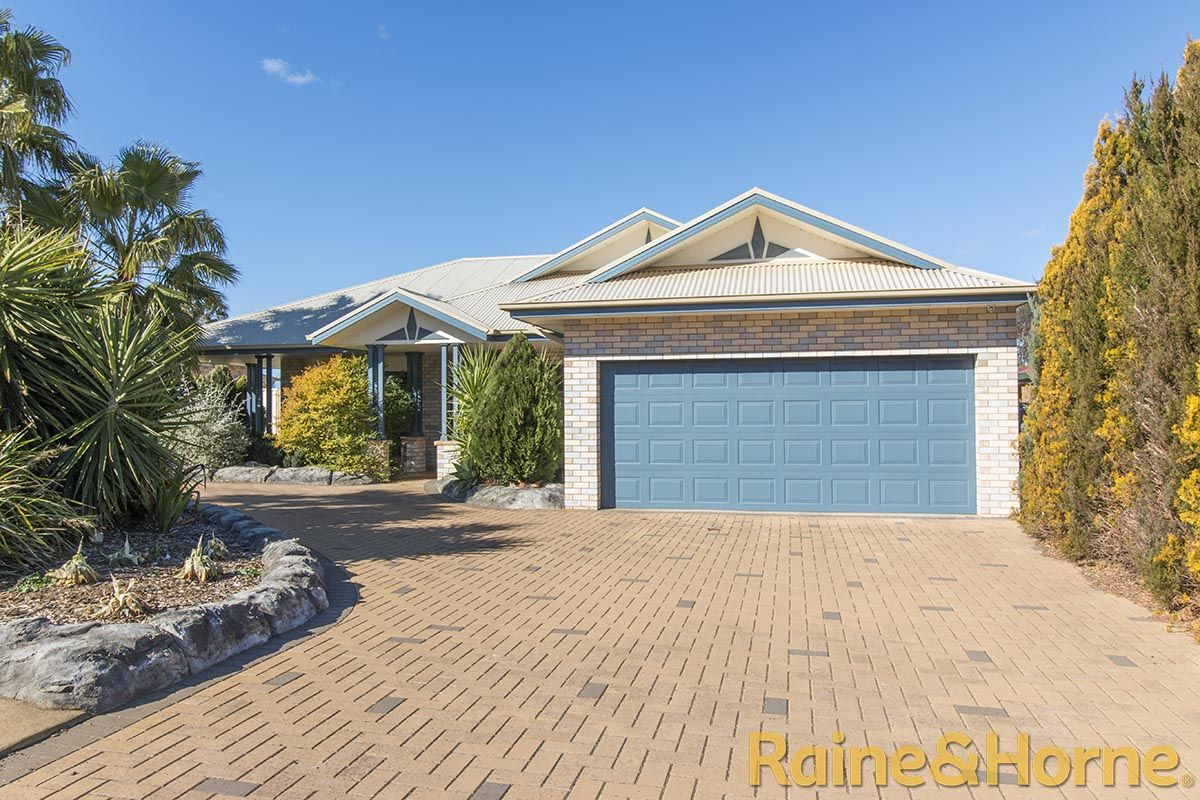 15 St Albans Way, Dubbo NSW 2830, Image 0