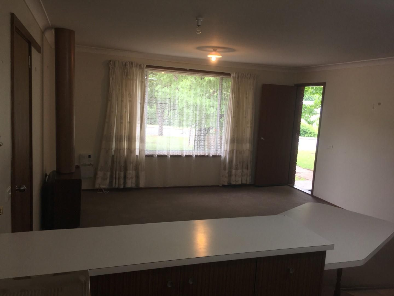 2/2 Robina Crescent, Armidale NSW 2350, Image 1