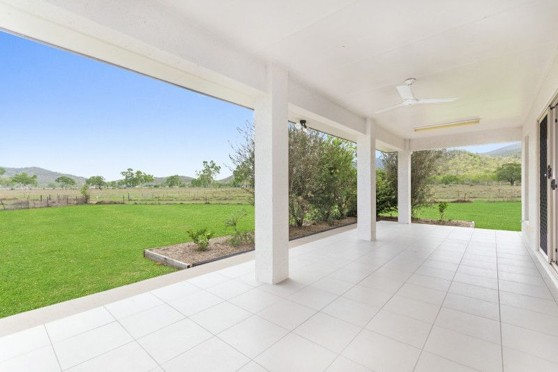 33-34 Renwick Court, Alligator Creek QLD 4816, Image 1