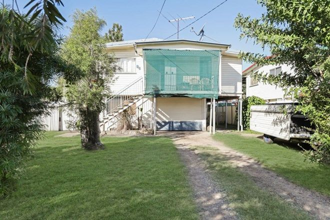 Picture of 86 Sportsground Street, REDCLIFFE QLD 4020