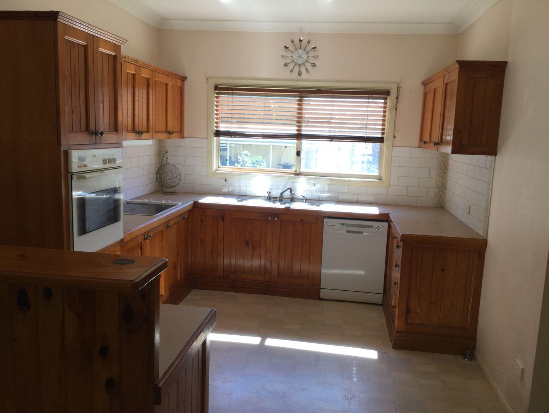 50 Elizabeth Street, Coochiemudlo Island QLD 4184, Image 2