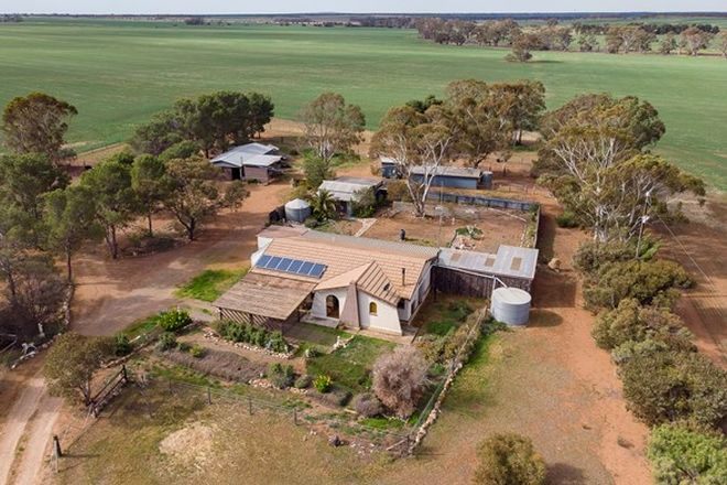 Picture of 276 Sanderston Road, SANDERSTON SA 5237