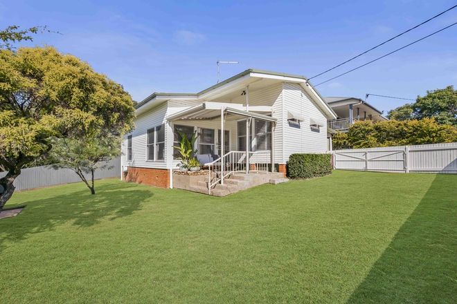 Picture of 133 Fifth Avenue, BALMORAL QLD 4171