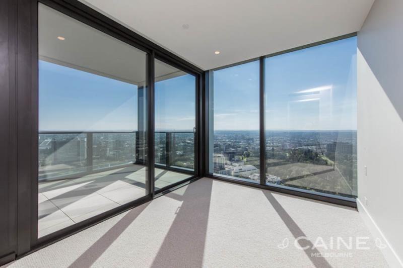 3203/35 Spring Street, Melbourne VIC 3000, Image 2