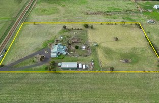 Picture of 110 Gibbons Road, Lara VIC 3212