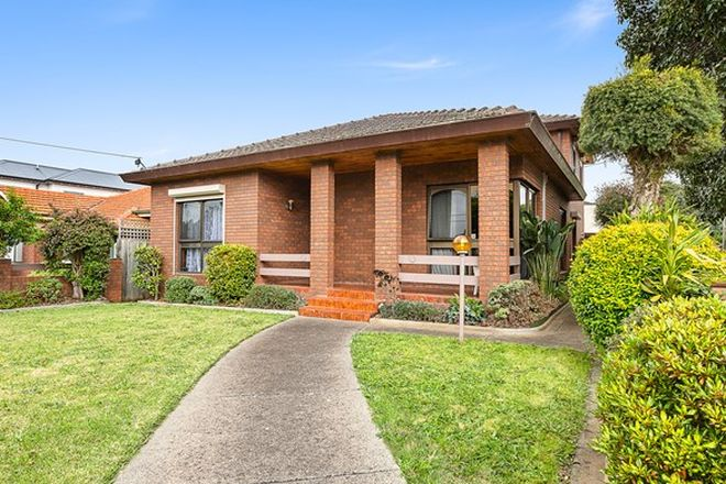 Picture of 31 Hillside Avenue, NORTHCOTE VIC 3070
