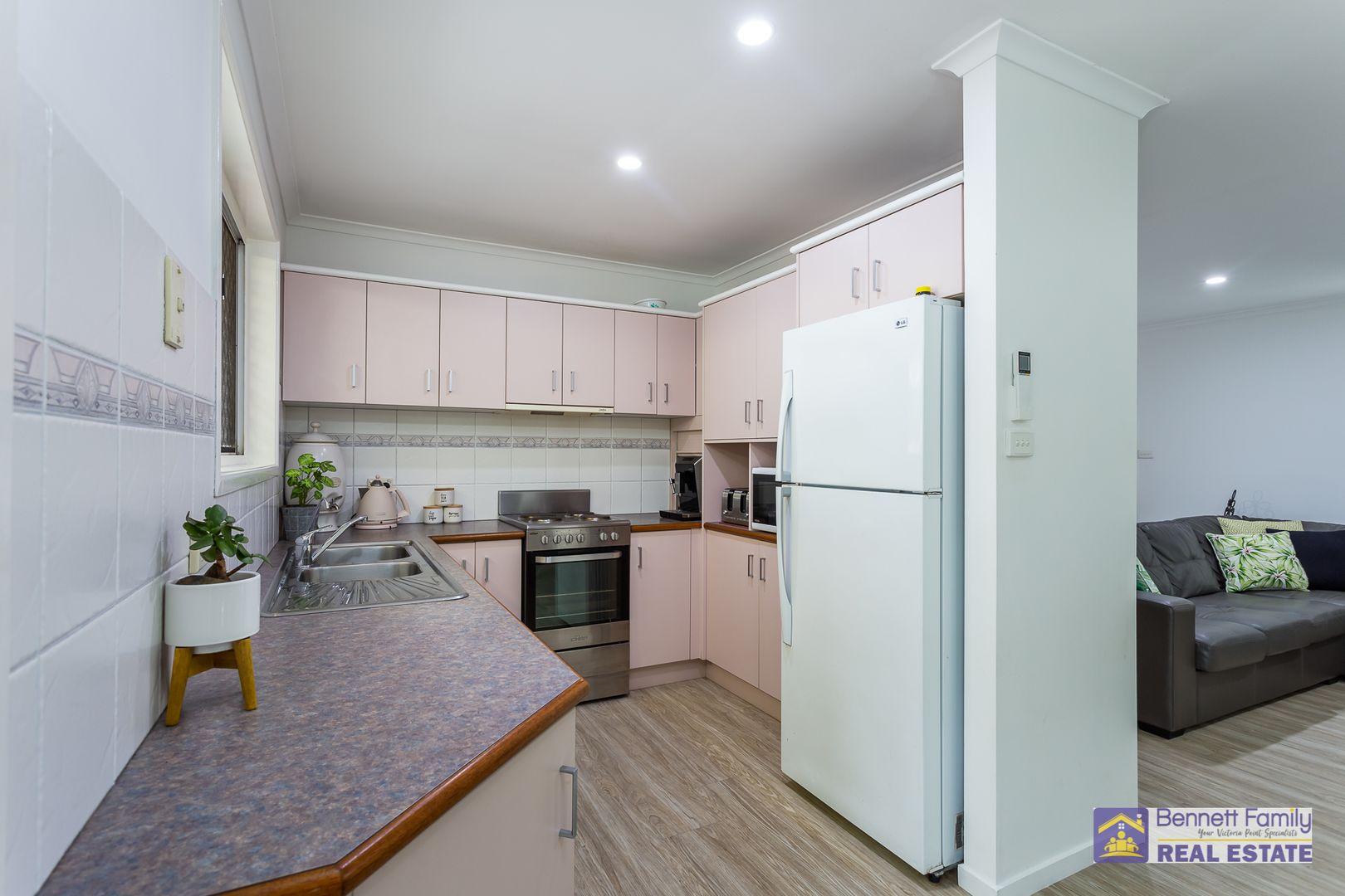 4 Wisteria Court, Victoria Point QLD 4165, Image 2