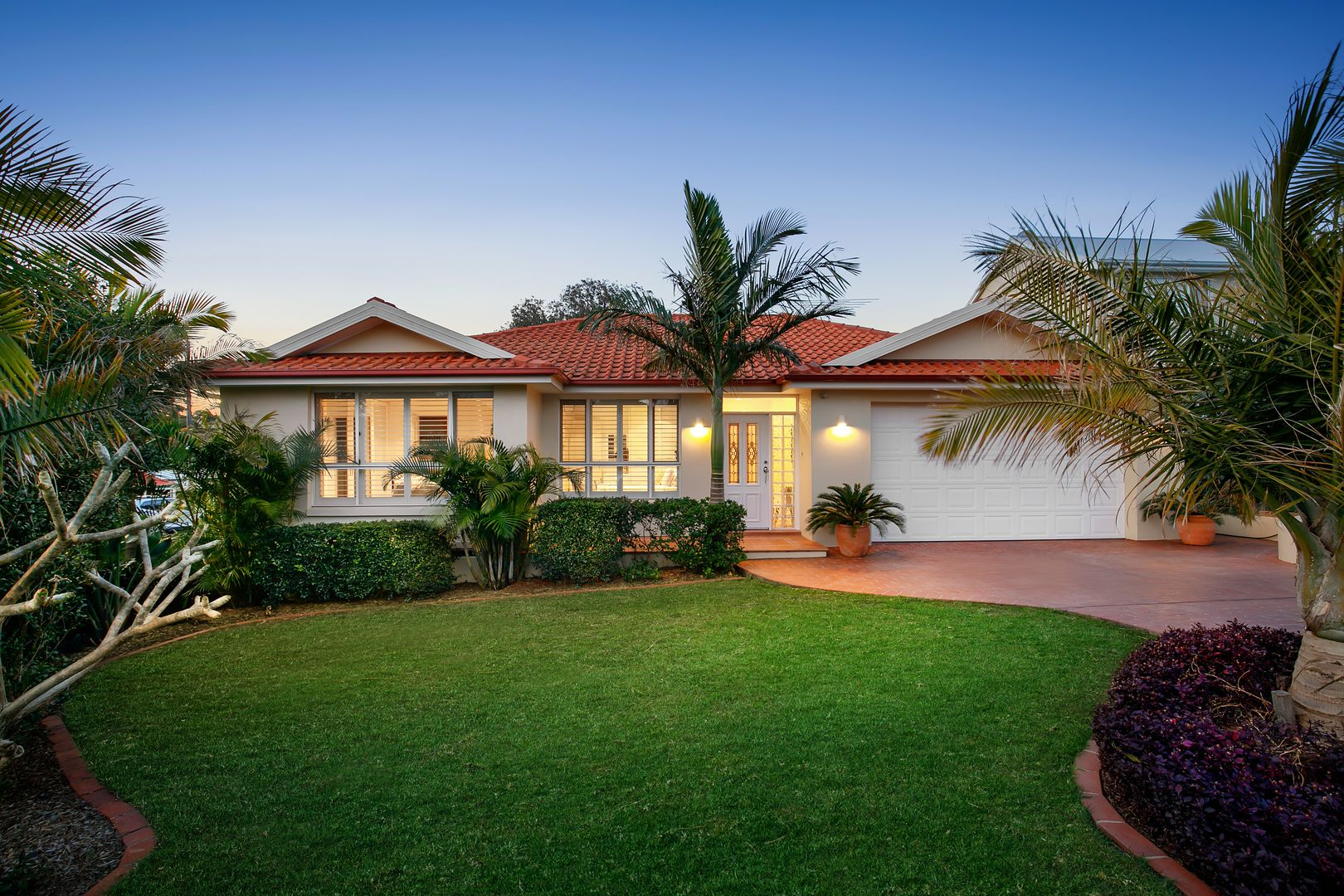 10 Paris Place, Miranda NSW 2228, Image 0