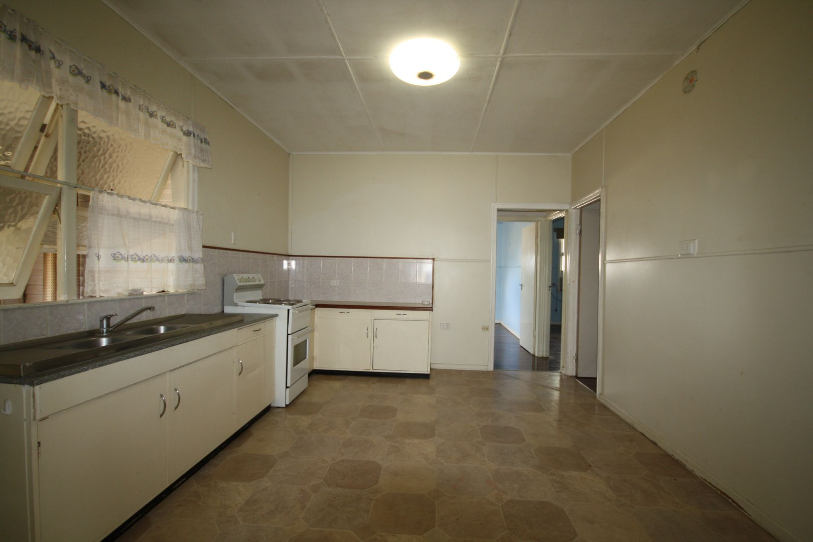 34 Mouatt Street, Monto QLD 4630, Image 1