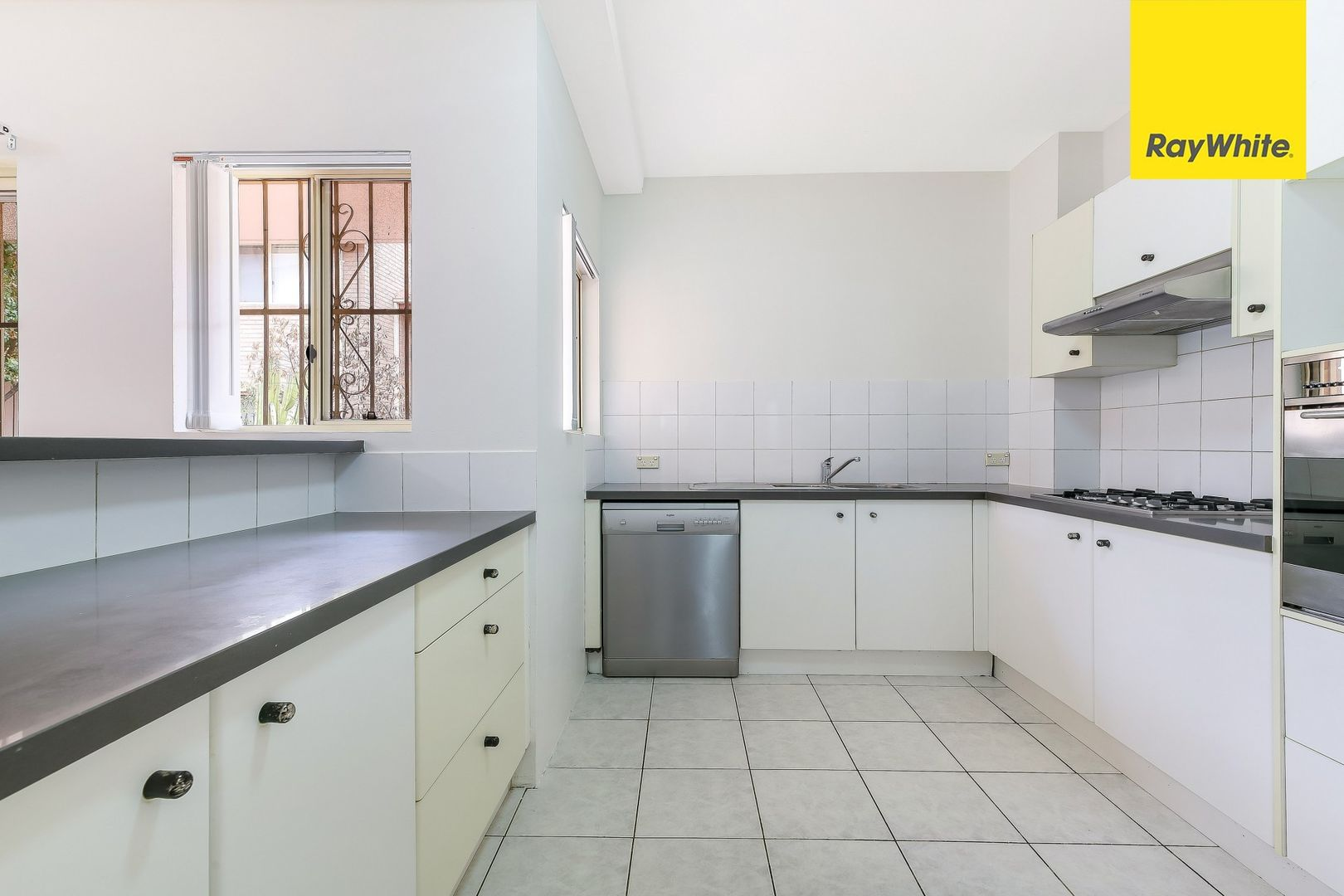 100/94-116 Culloden Road, Marsfield NSW 2122, Image 2