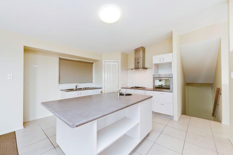 31 Kakadu Crescent, Underwood QLD 4119, Image 2