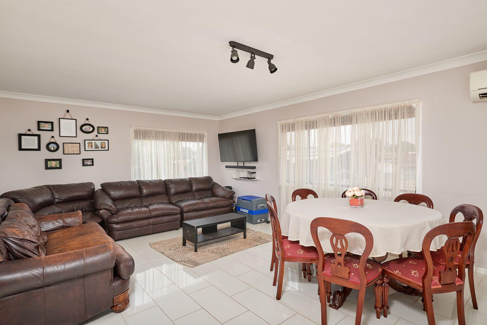 58 Joffre Street, Junee NSW 2663, Image 2