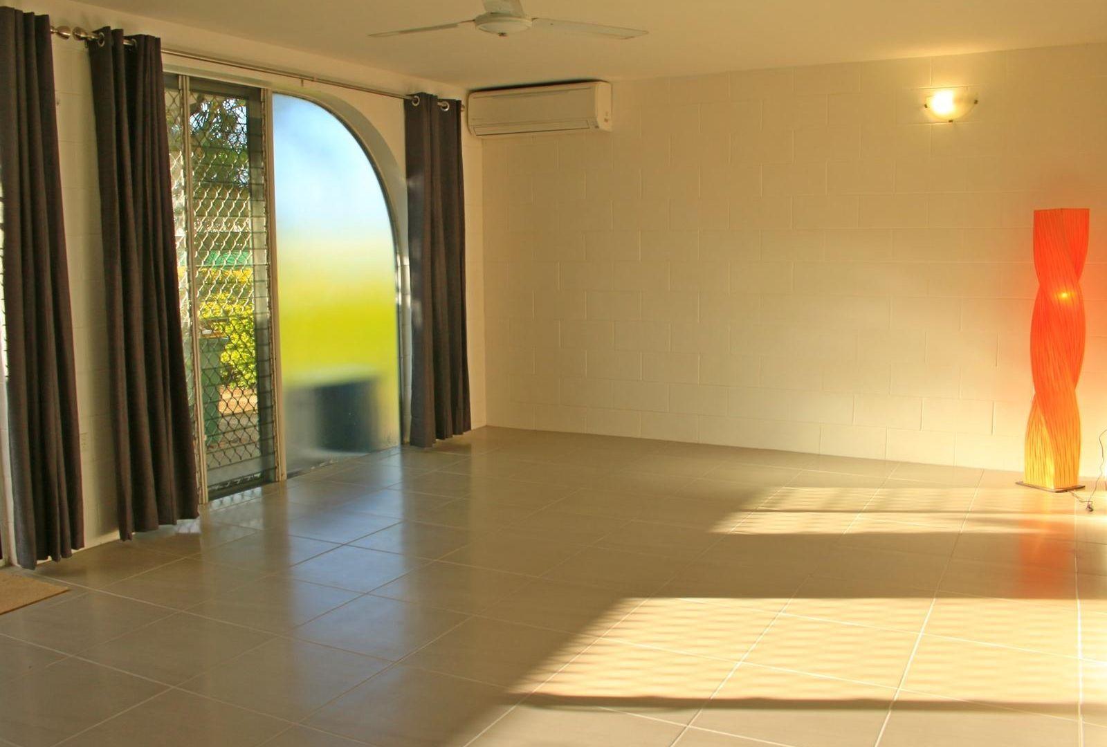 2/16 Burke Street, North Ward QLD 4810, Image 1