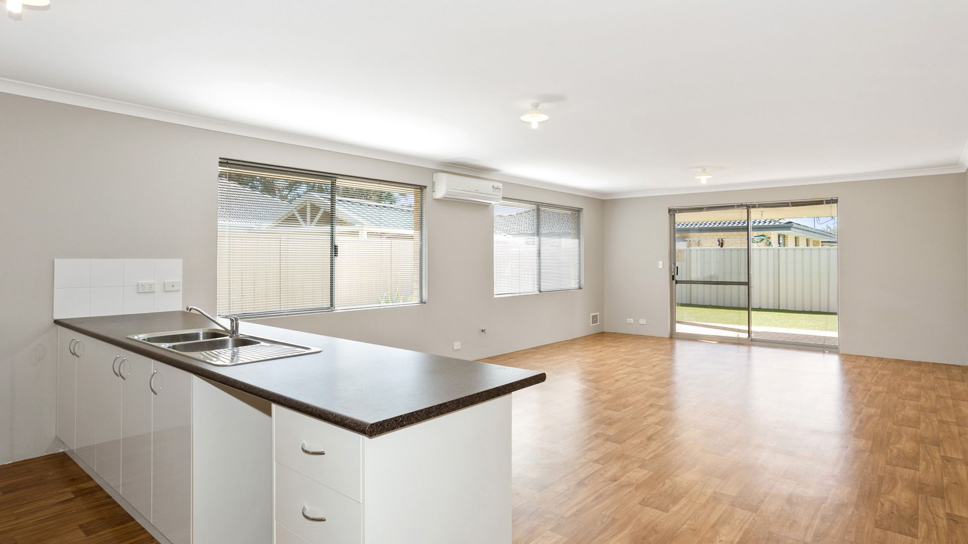 11 Modong Nook, Success WA 6164, Image 2