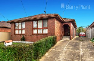 6 Leighton Crescent, Deer Park VIC 3023
